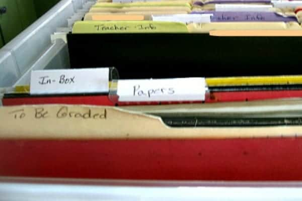How to Create a Simple Filing System for your Homeschool